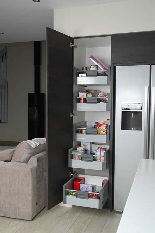 contemporary kitchen 26.JPG