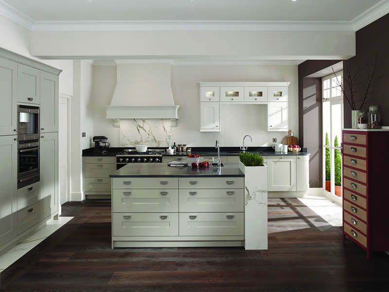traditional kitchens 24